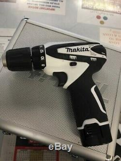 MAKITA Cordless Drill FD01 AND DT01 WITH CHARGER AND BATTERY (AP2018806)