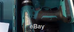 Makita 18V Li-Ion Batteries & Charger 2-Piece Combi Drill & Driver Set G-Series