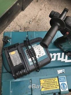 Makita Cordless Breaker Hammer Drill BHR261RDE 36v Battery Drill Gwo