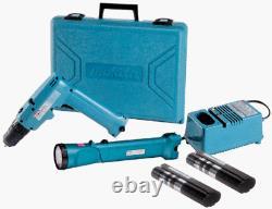 Makita Cordless Driver Drill Varable Speed flash light kit with 2 Batteries