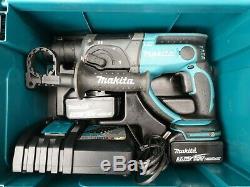 Makita DHR202 18v Cordless SDS hammer Drill, 3.0Ah Batteries Fast Charger LXT