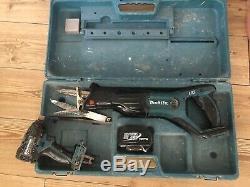 Makita DJR181 18v LXT Reciprocating Sawithimpact Drill And Battery