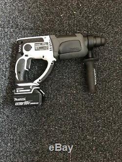 Makita LXT DHR202 18V Cordless SDS Hammer Drill & 5ah battery- 2018 Year