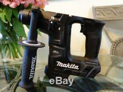 Makita XRH06ZB 18V LXT Sub Compact Brushless 11/16 Rotary Hammer Drill 18 Volts