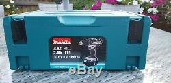 Makitadhp482rfwj 18v Cordless Combi Drill C/w 2 X 3.0ah Batteries